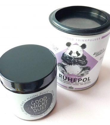 Entspannende Superfoods – Berlin Organics Ruhepol & Moon Juice Good Night Dust