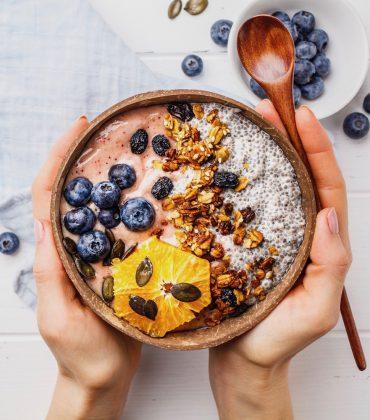 Liebe Deinen Körper und mach' keine Diäten, aber iss' gesund und mach' Sport!