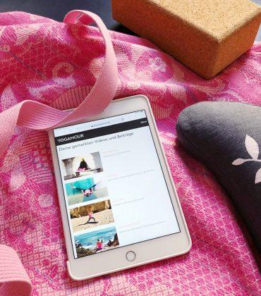 Meditieren und Yoga zuhause üben mit Yogamour plus