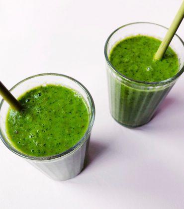 CBD-infused Smoothie aka das entspannteste Green Smoothie Rezept der Welt
