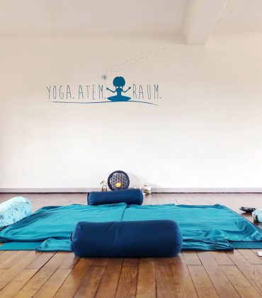 "Thai Yoga Massage bei ""Yoga Atem Raum"" in Losheim am See"