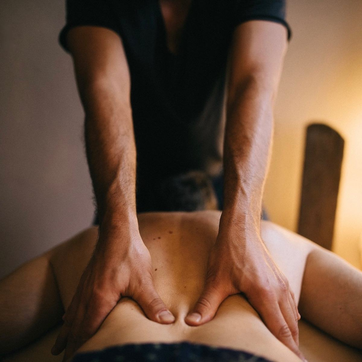 CBD Öl Massage Berlin