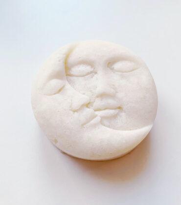 Neumond Peeling Bar mit Salz und Rosmarinduft selber machen