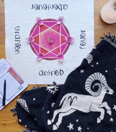 Neumond Ritual Räuchern & Manifestieren mit dem Cosmic Vibes Neumond Ritual Kit